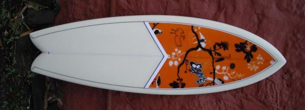 58 Empire V-Fish twin fin